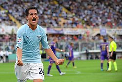 18.09.2010, Stadio Artemio Franchi, Florenz, ITA, Serie A, AC Florenz vs Lazio Rom, im BildESULTANZA DI CRISTIAN LEDESMA DOPO IL GOL.EXPA Pictures © 2010, PhotoCredit: EXPA/ InsideFoto/ Andrea Staccioli +++++ ATTENTION - FOR USE IN AUSTRIA / AUT AND SLOVENIA / SLO ONLY +++++... / SPORTIDA PHOTO AGENCY
