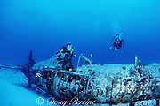 divers explore wreck of WWII Corsair fighter plane, South Shore, Oahu, Hawaii ( Pacific ), MR 288-289