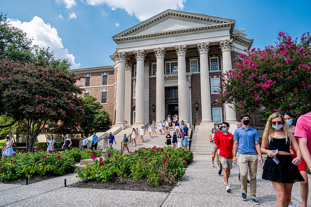 SMU first year students participate in Rotunda Passage in Dallas Hall, Sunday, August 23, 2020 on the SMU Campus.