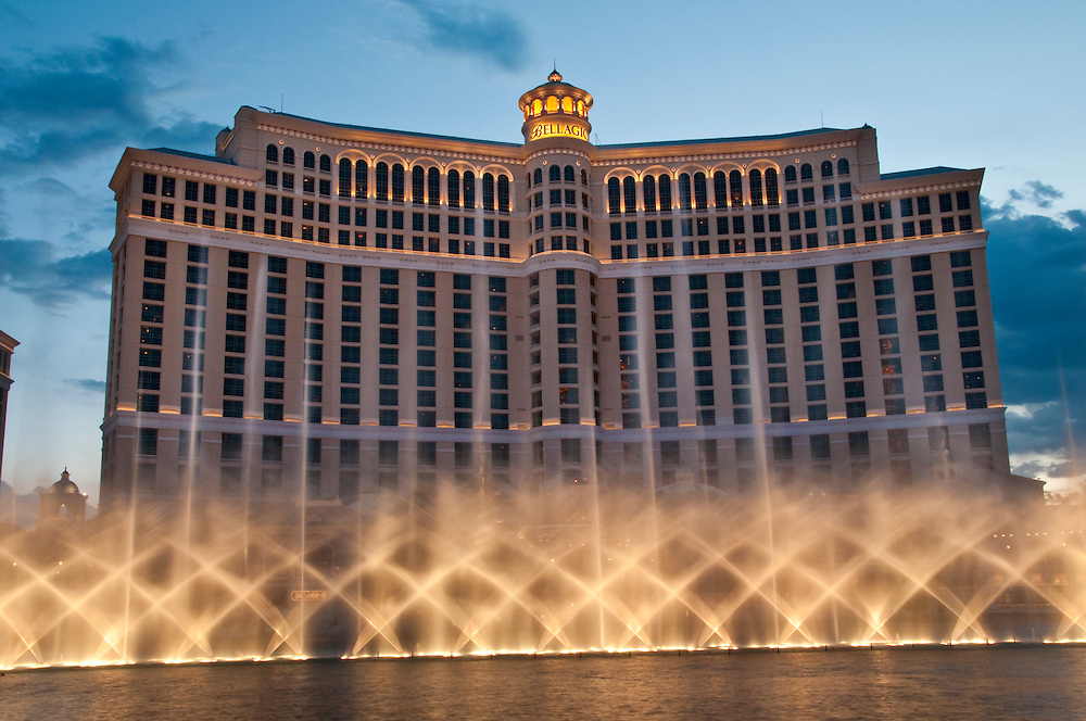 LAS VEGAS, NV - MAY 31: Dancing fountain water in the Bellagio taken in May 31, 2009. Bellagio is a 30 story luxury hotel and casino located on the Las Vegas Strip. An  8-acre  lake houses the Fountains of Bellagio, a large dancing water fountain synchronized to music.