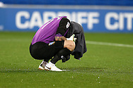 Kieren Westwood, the Sheffield Wednesday goalkeeper covers his face with a towel before k/o. EFL Skybet championship match, Cardiff city v Sheffield Wednesday at the Cardiff city stadium in Cardiff, South Wales on Wednesday 19th October 2016.<br /> pic by Andrew Orchard, Andrew Orchard sports photography.