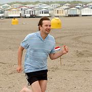 NLD/IJmuiden/20060621 - Skinnydip 2006 radio omroep Caz met Jeroen Kijk in de Vegt