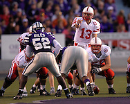 Nebraska quarterback Zac Taylor (13) points out a Kansas State defender at Bill Snyder Family Stadium in Manhattan, Kansas, October 14, 2006.  The Huskers beat the Wildcats 21-3.<br />
