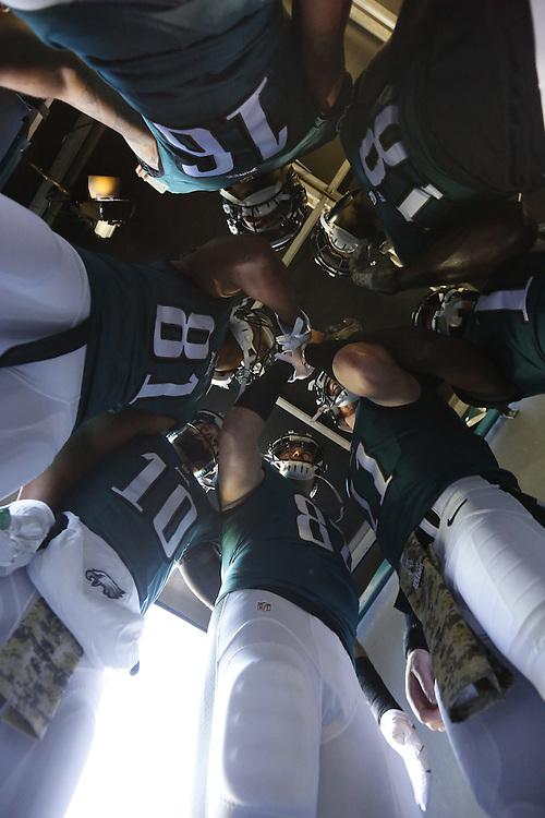 During the NFL game between the Atlanta Falcons and the Philadelphia Eagles in Philadelphia, Pennsylvania on Sunday November 13th 2016. (Brian Garfinkel/Philadelphia Eagles)
