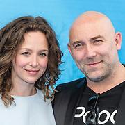 NLD/Amsterdam20160622 - Filmpremiere première van Disney Pixar's Finding Dory, Loek Peters en partner Ilse Heus
