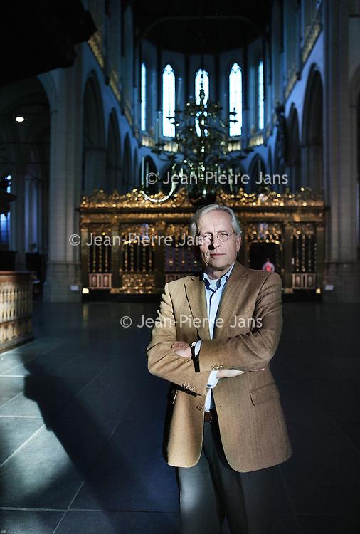Nederland, Amsterdam , 26 oktober 2011..Ernst Veen, directeur De Nieuwe Kerk en de Hermitage neemt afscheid..Op de foto Ernst Veen in De Nieuwe Kerk..Foto:Jean-Pierre Jans