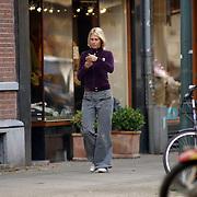 NLD/Amsterdam/20051008 - Sylvia, partner Wim Kieft