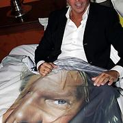 NLD/Eemnes/20081020 - Premiere Dries Roelvink film, Dries Roelvink in bed