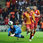 Galatasaray's Felipe Melo De Carvalho (C) during their Turkish Superleague soccer match Galatasaray between SB Elazigspor at the AliSamiYen Spor Kompleksi at Aslantepe in Istanbul Turkey on Friday 19 April 2013. Photo by TURKPIX