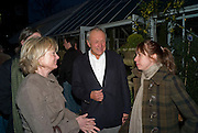 CATHERINE PAWSON; SIR RICHARD ROGERS; HARRIET GUGGENHEIM. David Macilwaine sculptures at Clifton Nurseries. London. 1 April  2009