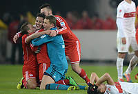 Fotball<br /> Tyskland<br /> 29.01.2014<br /> Foto: Witters/Digitalsport<br /> NORWAY ONLY<br /> <br /> Schlussjubel v.l. Rafinha, Thiago Alcantara, Torwart Manuel Neuer, Diego Contento (Bayern), Enttaeuschung Moritz Leitner (Stuttgart)<br /> <br /> Fussball Bundesliga, VfB Stuttgart - FC Bayern München