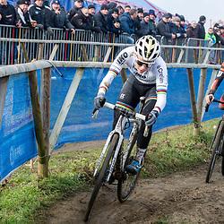 2020-01-01 Cycling: dvv verzekeringen trofee: Baal: Sanne Cant and Laura Verdonschot in close action