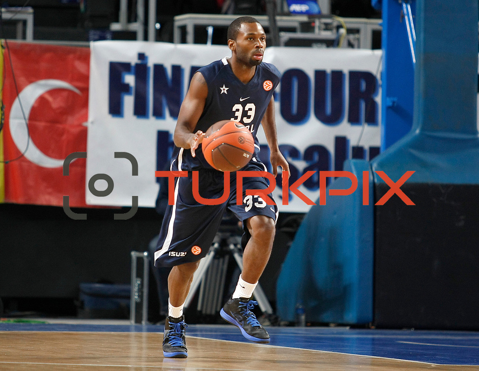 Anadolu Efes's Oliver Lafayette during their Turkish Airlines Euroleague Basketball Top 16 Game 1 match Anadolu Efes between Galatasaray at Sinan Erdem Arena in Istanbul, Turkey, Thursday, January 19, 2012. Photo by TURKPIX