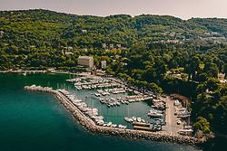 THEMENBILD - der Hafen in der Bucht von Grignano an der Adria etwa fünf Kilometer nordwestlich der italienischen Hafenstadt Triest, aufgenommen am 12. August 2019 in Triest, Italien // the Port in the bay of Grignano on the Adriatic Sea about five kilometres northwest of the Italian port of Trieste. in Trieste, Italy on 2019/08/12. EXPA Pictures © 2019, PhotoCredit: EXPA/ JFK