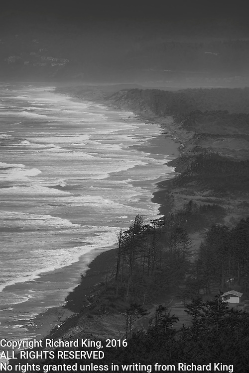 Seaseape photographs Pacific Ocean from , OR
