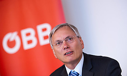 10.02.2015, Rail Tec Arsenal, Wien, AUT, ÖBB cityjet im Klima-Wind-Kanal, im Bild Bundesminister für Verkehr, Innovation und Technologie Alois Stöger (SPÖ) // Minister of transport, innovation and technology Alois Stoeger (SPOe) during presentation of OEBB cityjet in wind tunnel of Rail Tec Arsenal in Vienna, Austria on 2015/02/10, EXPA Pictures © 2015, PhotoCredit: EXPA/ Michael Gruber
