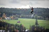 ÖSTERSUND, SVERIGE - 23 September 2018 Bilder från Kitesurfing i Mårtensviken den 23 September i Östersund ( Foto: Per Danielsson)