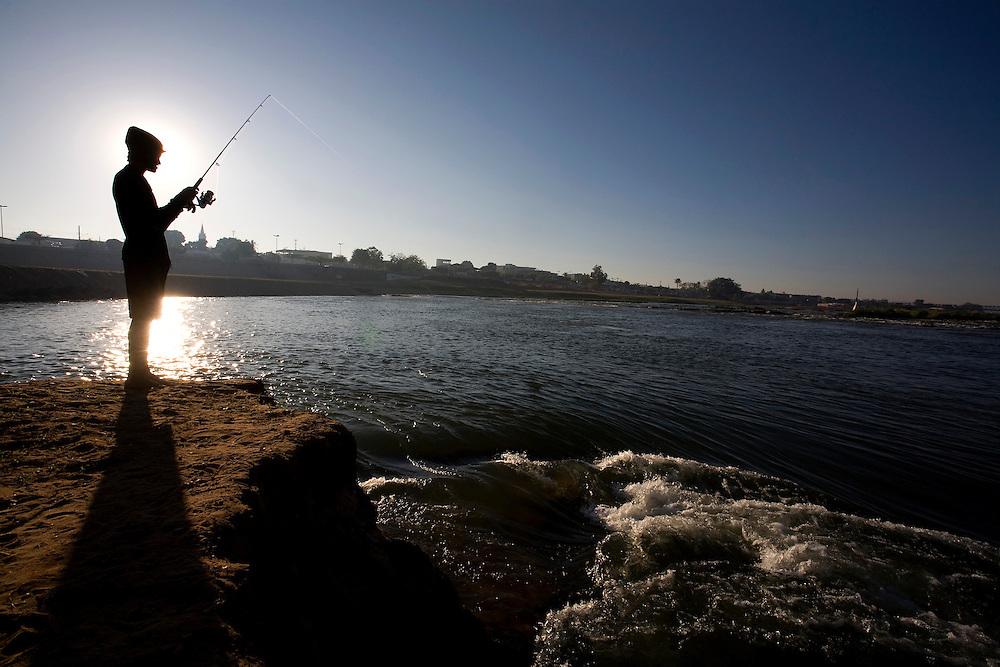 Pirapora _ MG, Brasil...Rio Sao Francisco, o rio da integracao nacional. ..The Sao Francisco river, It is an important river for Brazil, called the river of national integration. ..Foto: LEO DRUMOND / NITRO