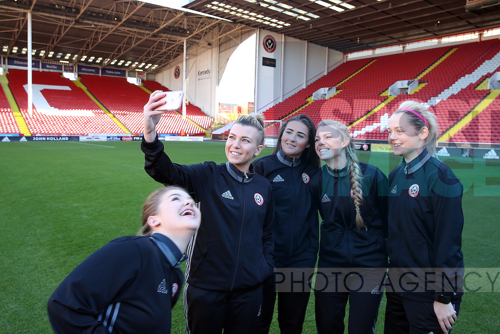 Sheffield United Ladies Jennifer Pearson (Left) takes a selfie photo during the FA Women's Cup First Round match at Bramall Lane Stadium, Sheffield. Picture date: December 4th, 2016. Pic Clint Hughes/Sportimage