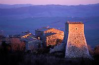 Italie - Toscane - Province de Sienne - Village de Vignoni - Val d'Orcia - Village medieval // Vignoni, Val d'Orcia,  Tuscany, Italy