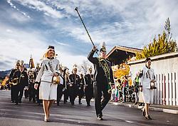 THEMENBILD - die Musikkapelle Leogang in Knappenuniformen. Der Leonhardiritt ist eine Prozession zu Pferd, die zum Brauchtum im Österreich- Bayrischen- Raum zählt. Sie findet zu Ehren des hl. Leonhard statt, welcher Schutzpatron landwirtschaftlicher Tiere, Gefangener und Bergleute ist, aufgenommen am 06. November 2018, Leogang, Österreich // The Leonhardiritt is a procession by horse, which counts to the Tradition in Austria- Bavarian area. It is held in honor of St. Leonhard, which is the patron of agricultural animals, prisoners and miners on 2018/11/06, Leogang, Austria. EXPA Pictures © 2018, PhotoCredit: EXPA/ Stefanie Oberhauser