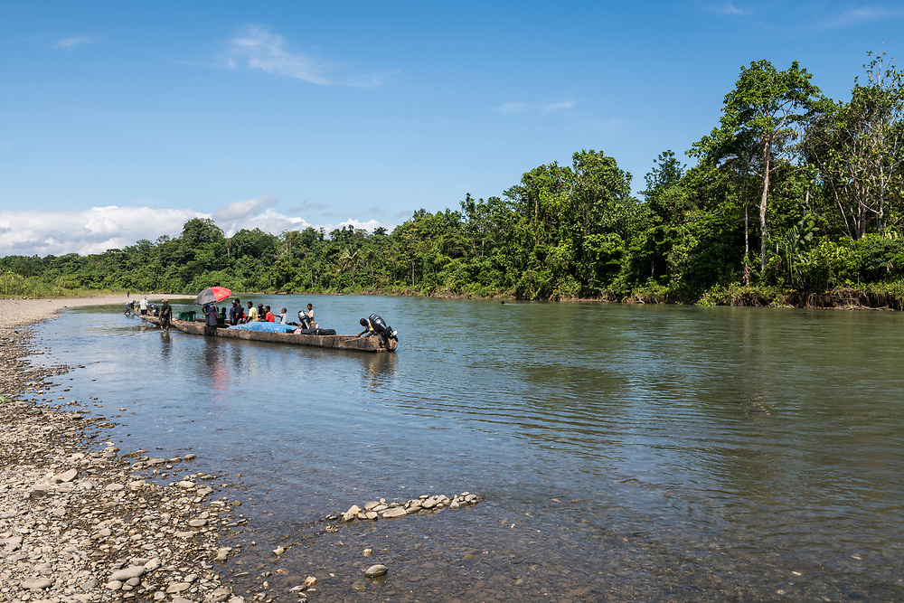 Passengers and cargo prepare to depart Likan, located on the Clay River in East Sepik Province, for another village downstream.<br /><br />(June 20, 2019)