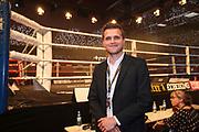 BOXEN: EC Boxing, Hamburg, 06.07.2019<br /> Weltergewicht IBO-Weltmeisterschaft: Sebastian Formella (GER) - Tulani Mbenge (RSA): Kommentator Fyn Schröder (EC Boxing)<br /> © Torsten Helmke