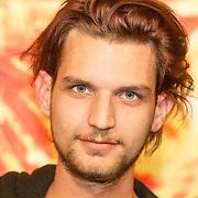 NLD/Amsterdam/20151116 - Filmpremiere The Hunger Games: Mokingjay-part 2, vlogger Kaj van Ree