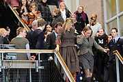Prinses Máxima woont op het Welzijn College van ROC Midden Nederland in Utrecht een gastles bij over geldzaken van stichting LEF (Leven En Financiën).<br /> <br /> Princess Maxima lives on the Welfare Board of Vocational Education Centre in Utrecht, Netherlands at a guest lecture about money from LEF Foundation (Life And Finance).