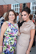 ALEX SHULMAN; VICTORIA BECKHAM, VICTORIA BECKHAM, Alexandra Shulman, Editor of Vogue & Phil Popham, Managing Director of Land Rover<br /> host the 40th Anniversary of Range Rover. The Orangery at Kensington Palace. London. 1 July 2010. -DO NOT ARCHIVE-© Copyright Photograph by Dafydd Jones. 248 Clapham Rd. London SW9 0PZ. Tel 0207 820 0771. www.dafjones.com.