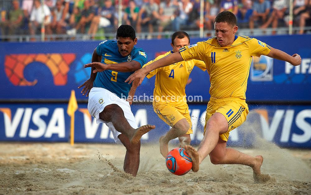 RAVENNA, ITALY - SEPTEMBER 02: FIFA Beach Soccer World Cup at the Stadium del Mare on September 2, 2011 in Ravenna, Italy. (Photo by Manuel Queimadelos)