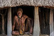 Dani tribe man (Abitmo)<br /> Budaya village<br /> Suroba<br /> Trikora Mountains<br /> West Papua<br /> Indonesia