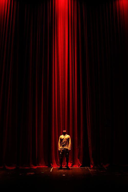 Downstage (2011-2013) by Carlos Collado.