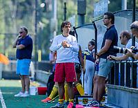 BLOEMENDAAL   -  coach Lennard Poillot (Vict) met assistent coach Vincent Evers (Vict)  tijdens oefenwedstrijd dames Bloemendaal-Victoria, te voorbereiding seizoen 2020-2021.   COPYRIGHT KOEN SUYK