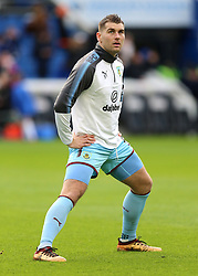 """Burnley's Sam Vokes warms up prior to the Premier League match at the AMEX Stadium, Brighton. PRESS ASSOCIATION Photo. Picture date: Saturday December 16, 2017. See PA story SOCCER Brighton. Photo credit should read: Gareth Fuller/PA Wire. RESTRICTIONS: EDITORIAL USE ONLY No use with unauthorised audio, video, data, fixture lists, club/league logos or """"live"""" services. Online in-match use limited to 75 images, no video emulation. No use in betting, games or single club/league/player publications."""