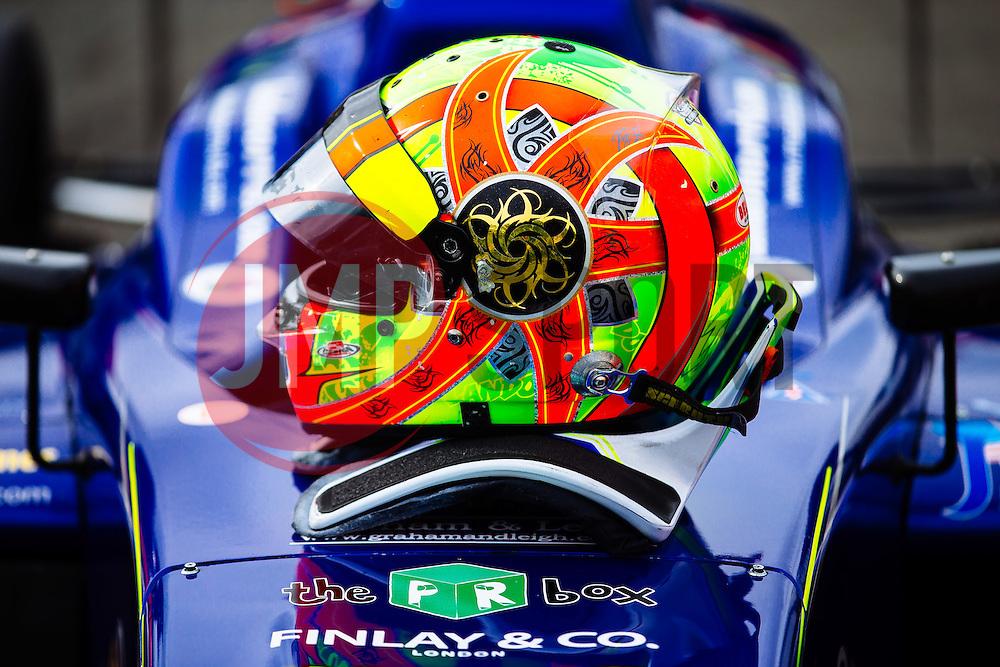 Lando Norris takes the Win in his first race of the weekend   #31 Carlin   MSA Formula Championship   Race 1 - Mandatory byline: Rogan Thomson/JMP - 07966 386802 - 10/10/2015 - MOTORSPORT - Brands Hatch GP Circuit - Fawkham, England - BTCC Meeting Day 1.