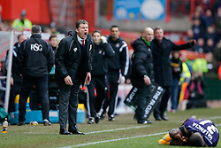 Bristol City Manager Steve Cotterill shouts at his side as Enner Valencia of West Ham lays on the floor - Photo mandatory by-line: Rogan Thomson/JMP - 07966 386802 - 25/01/2015 - SPORT - FOOTBALL - Bristol, England - Ashton Gate Stadium - Bristol City v West Ham United - FA Cup Fourth Round Proper.