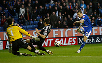 Photo: Steve Bond/Richard Lane Photography. Leicester City v Peterborough United. Coca-Cola Football League One. 20/12/2008. Matty Fryatt (L) shoots