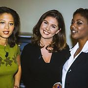 NLD/Aalsmeer/19980316 - Sterrenplaybackshow 1998, Maureen du Toit, Josefine van Asdonk en Edsilia Rombley