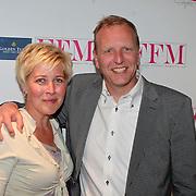NLD/Loosdrecht/20110502 - Presentatie Fabulous Football Magazine, Floris Schmitz en partner Sandra van den Berg