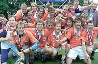 Hockey: Europacup I voor mannen. finale: Bloemendaal-Harvestehude(Duitsl.) 3-1. Bloemendaal wint de Europacup.