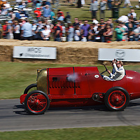 Fiat S76 (1911), driver Duncan Pittaway at the Goodwood FOS on 28 June 2015