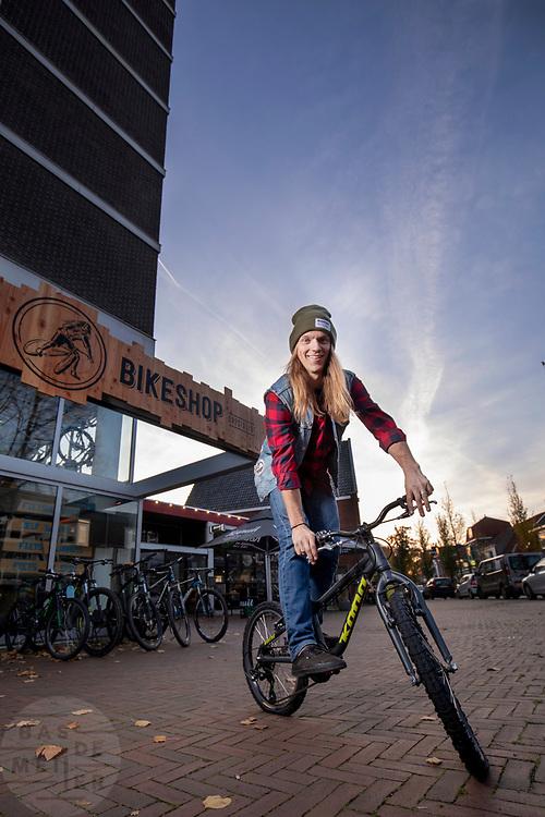 Chase Wreyford, fietsenmaker bij Repack Bikeshop.