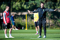 08/01/15 <br /> CELTIC TRAINING <br /> SALOBRE GOLF RESORT - GRAN CANARIA <br /> Celtic Manager Ronny Deila gives out instructions in training