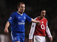 Photo: Javier Garcia/Back Page Images<br />Arsenal v Chelsea, FA Barclays Premiership, Highbury 12/12/04<br />Arjen Robben