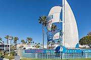 Via Lido Plaza Monument Newport Beach