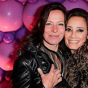 NLD/Amsterdam/20120330 - Emma Raising Fund Night, Suzanne Klemann en partner Minka Mooren