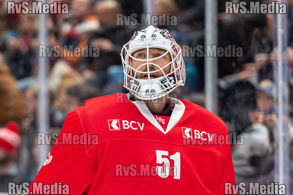 LAUSANNE, SWITZERLAND - NOVEMBER 23: #51 Goalie Tobias Stephan of Lausanne HC looks on during the Swiss National League game between Lausanne HC and Geneve-Servette HC at Vaudoise Arena on November 23, 2019 in Lausanne, Switzerland. (Photo by Monika Majer/RvS.Media)