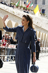 Italy, Assisi  - March 29, 2019.St Francis Basilic. The lamp of the Peace 2019 is given to the King of Jordan..the Queen of Jordan Rania (Credit Image: © Zucchi/Insidefoto/Ropi via ZUMA Press)