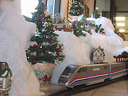 2001 - Holiday Train Display at Oberer's Flowers in Dayton